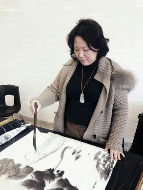 鄧長青畫家2016年展演於紐約長島學校藝術節