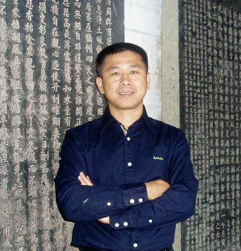 傅中良画家